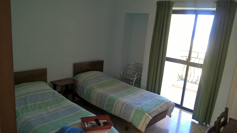 GSE Junior Accommodation Malta Porziuncola Residence St Julian's - Bedrooms with en-suite bathrooms 2