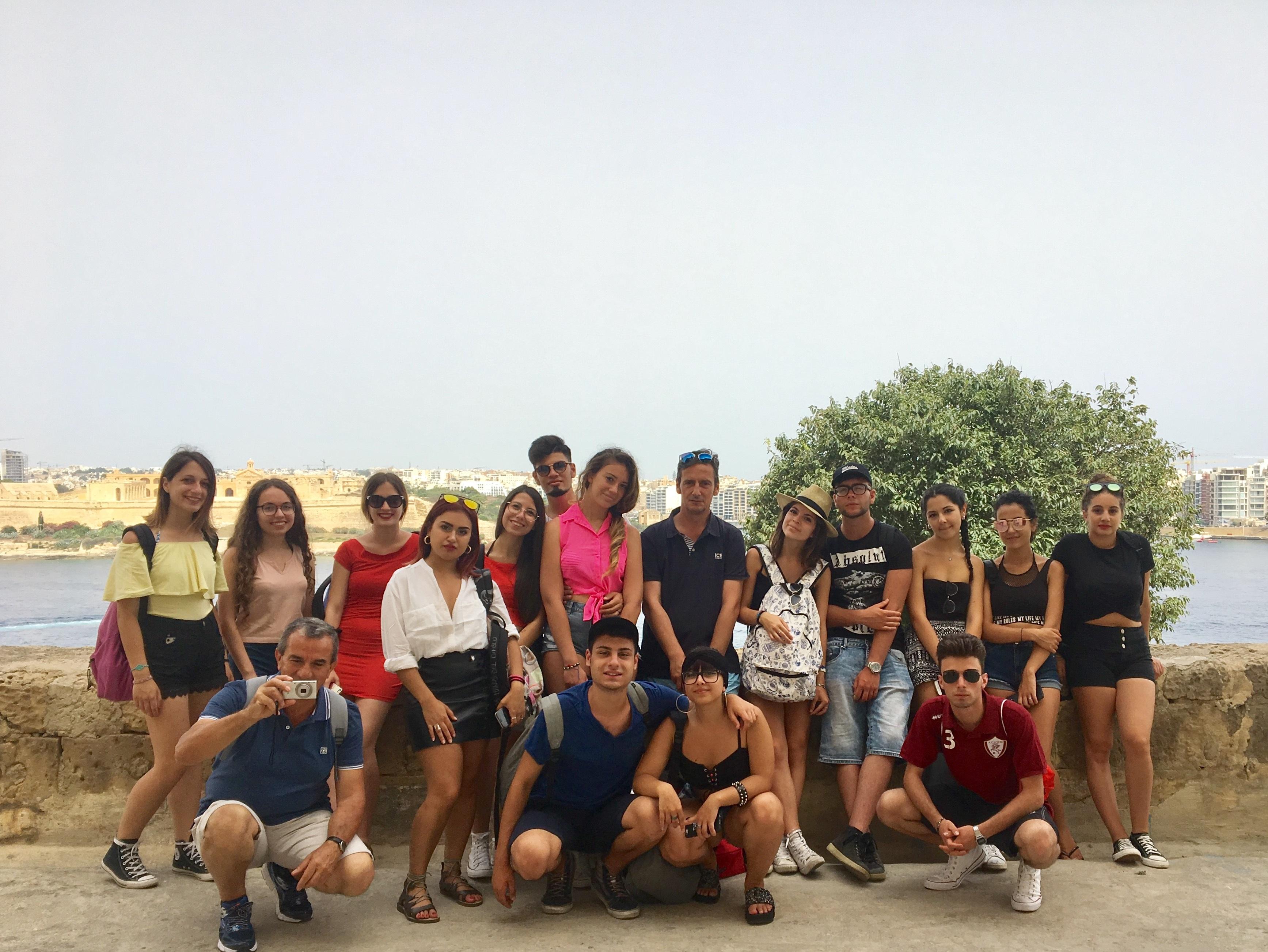 Gateway School of English GSE Junior Programme Italian group in Valletta soggiorno studio PON