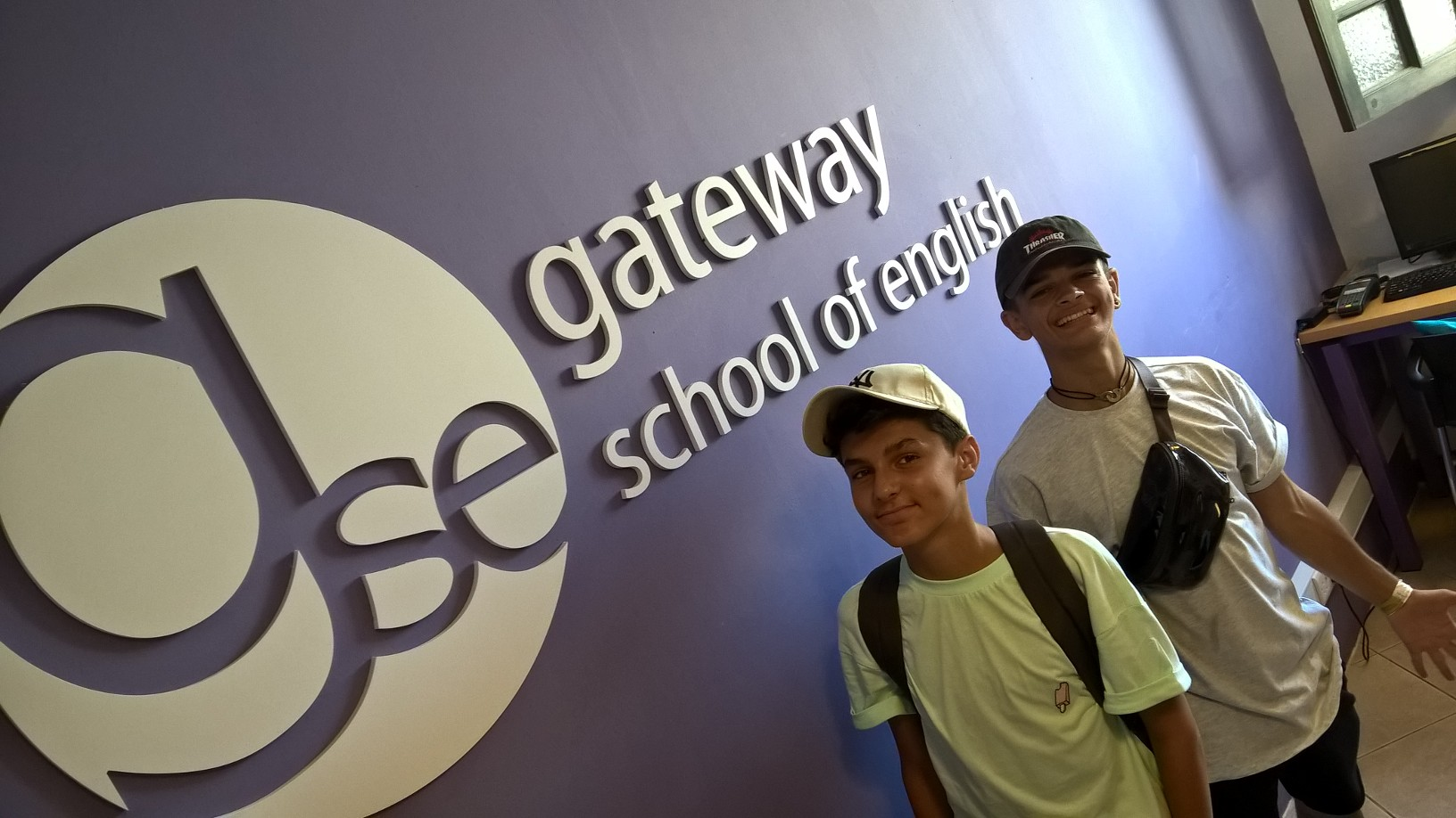 GSE Junior English Programmes Malta Teenagers Apprendre Anglais a Malte Sejours Linguistiques etudier anglais cours jeunes Youtubers français