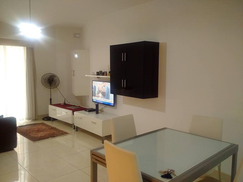 GSE Malta Dil Okulu Ingilizce Kursu Apart dairesi oturma odasi
