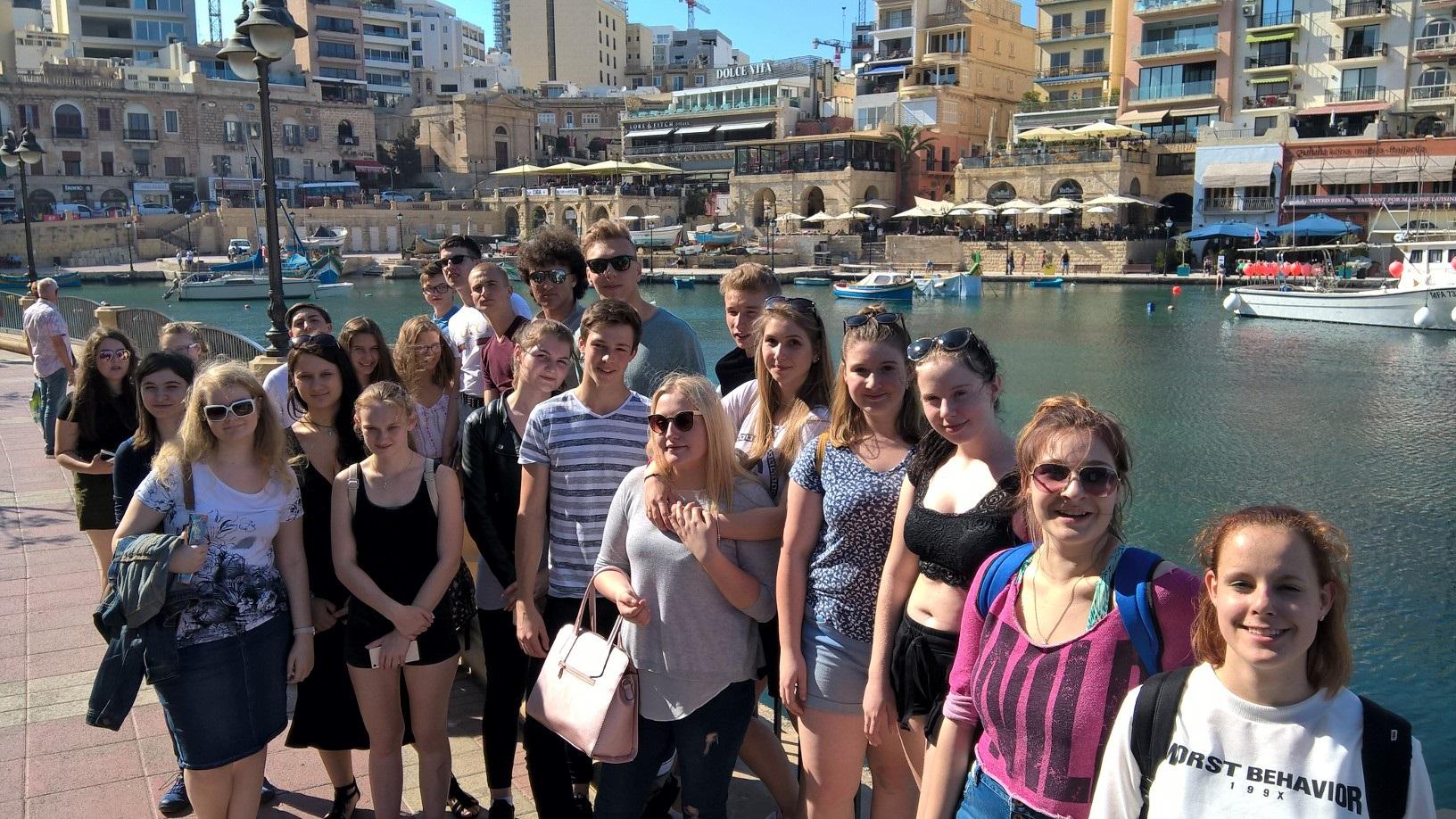 GSE Malta Dil Okulu Yurt disi egitimi Genc Pogrami ogrencilerimizle Sliema gezisinde iken Turkler Maltada