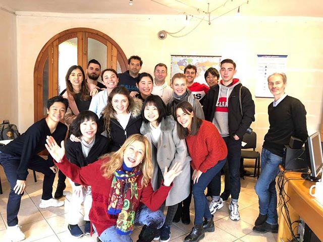 siempre una gran combinación de nacionalidades en el aula en la escuela de inglés en Malta GSE Gateway