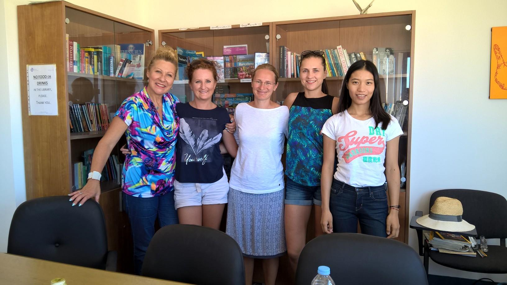 À l'école d'anglais Gateway, nous avons des étudiants du monde entier et de meilleures chances de pratiquer la langue anglaise