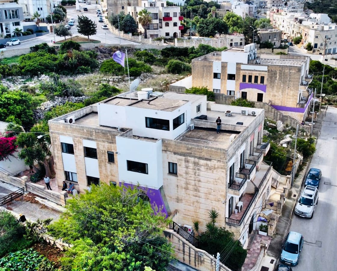GSE English language school School and Residence buildings in St Julian's Malta right next to each other - 2 minutes from bedroom to classoom