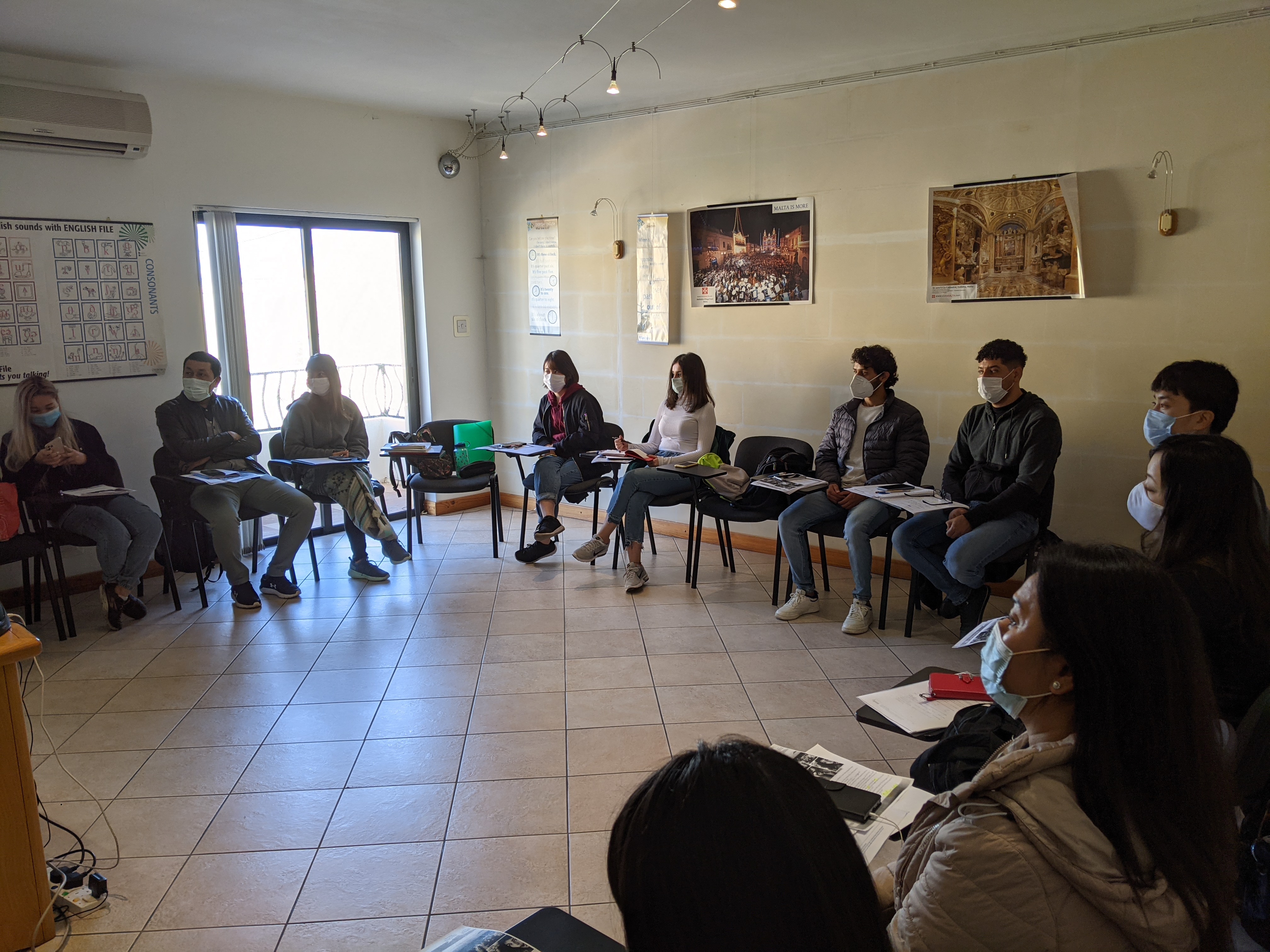 Professional English courses in Malta with Gateway School of English GSE